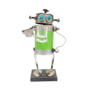 Robot mediano verde jarra